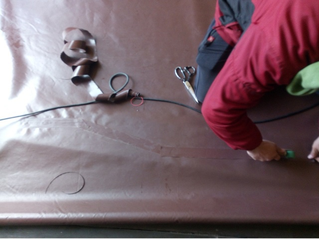 Как ремонтируют тенты